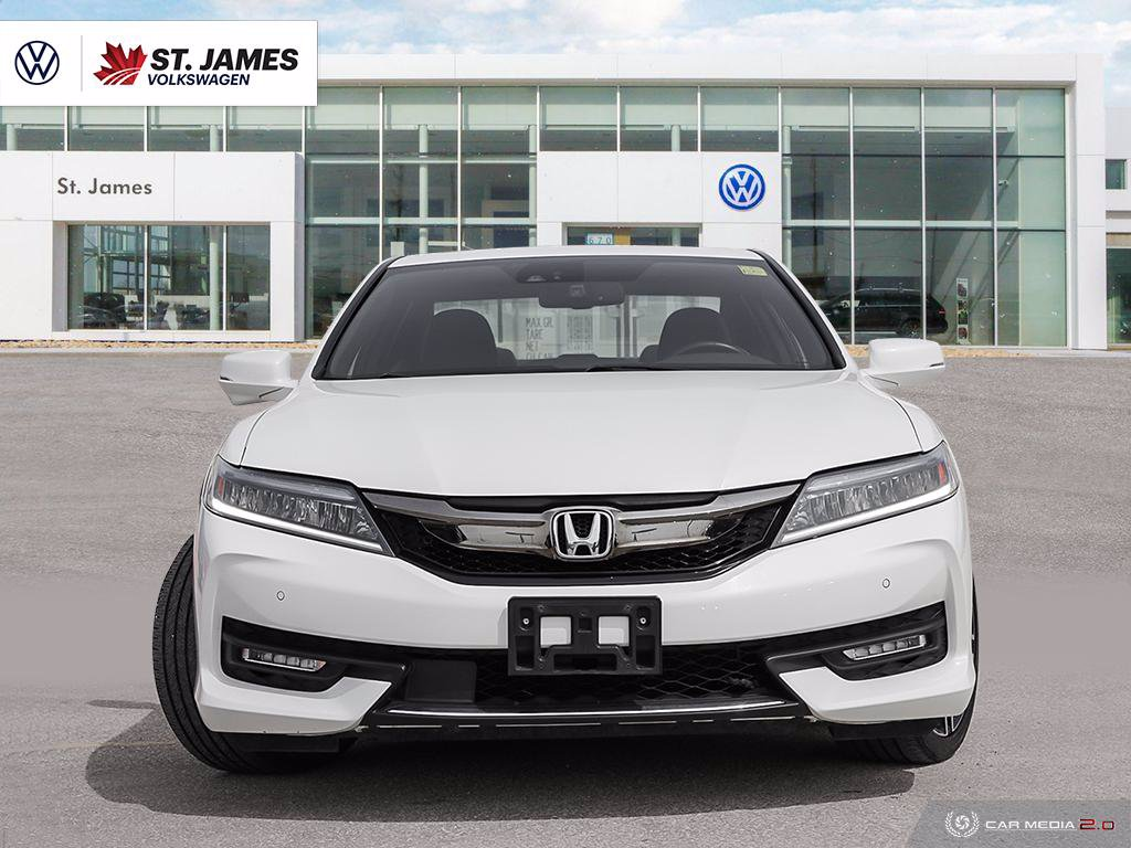 Pre-Owned 2016 Honda Accord Coupe Touring Memory Seat, Apple CarPlay, Bluetooth