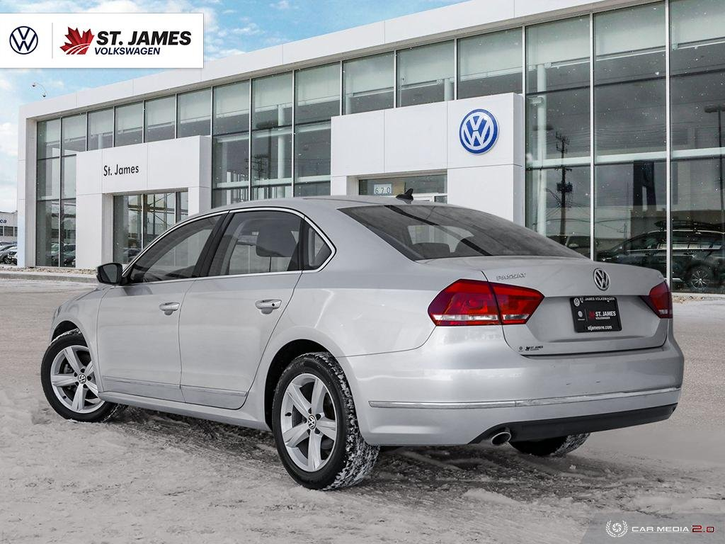 Pre-Owned 2014 Volkswagen Passat Comfortline 2.0TDI, Heated Seat, Power Sunroof, Leather Seats