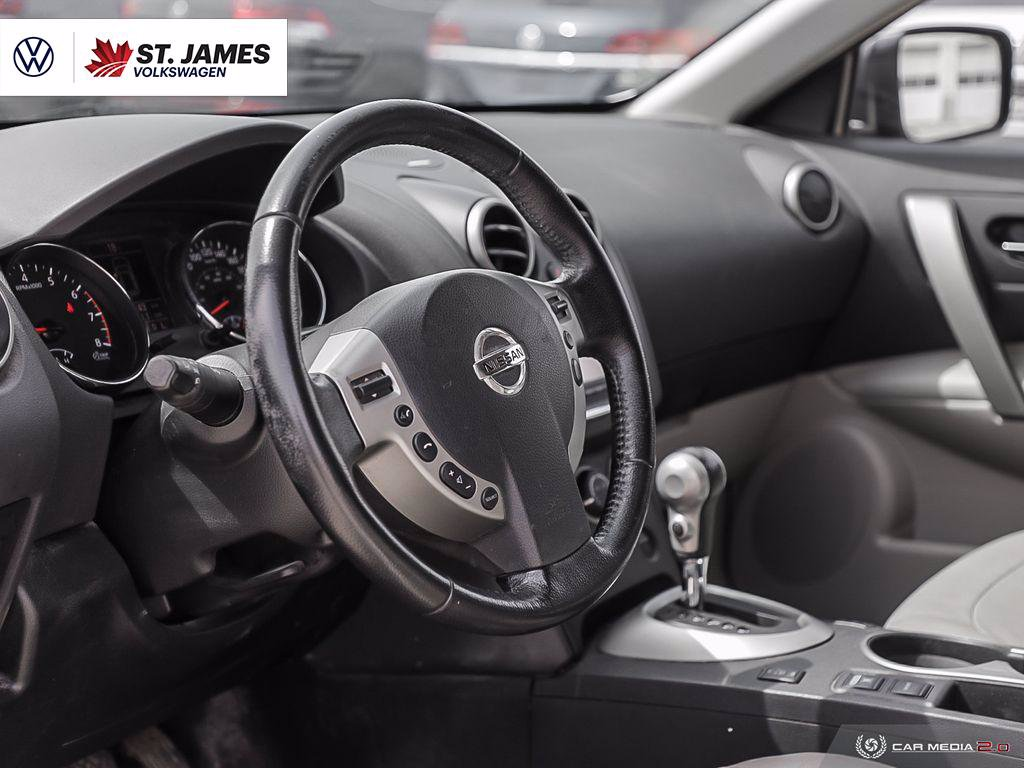 Pre-Owned 2012 Nissan Rogue SL 2.5L One Owner, Bluetooth, Power Sunroof, Heated Seats